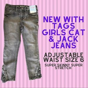 Brand NEW girls Cat & Jack Jeans size 6 with tags
